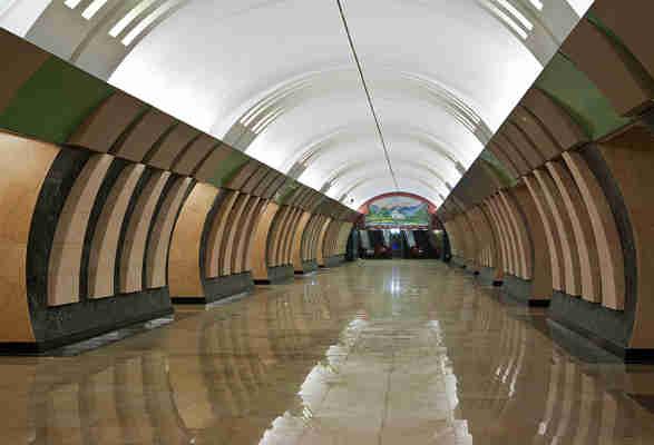 porno-foto-metro-shodnenskaya